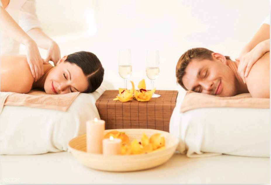 Golden Luxury Spa kết hợp hài hoà với môi trường xung quanh và hướng ra Bán Đảo Sơn Trà